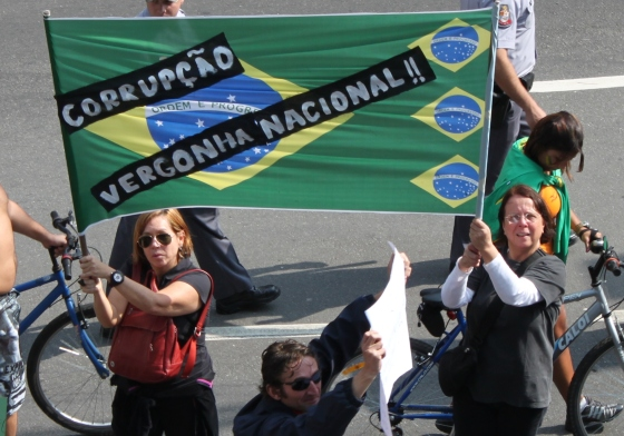 Courts uphold prior censorship of Brazilian newspaper, which cannot report on political controversy since 2009 | Knight Center for Journalism in the Americas
